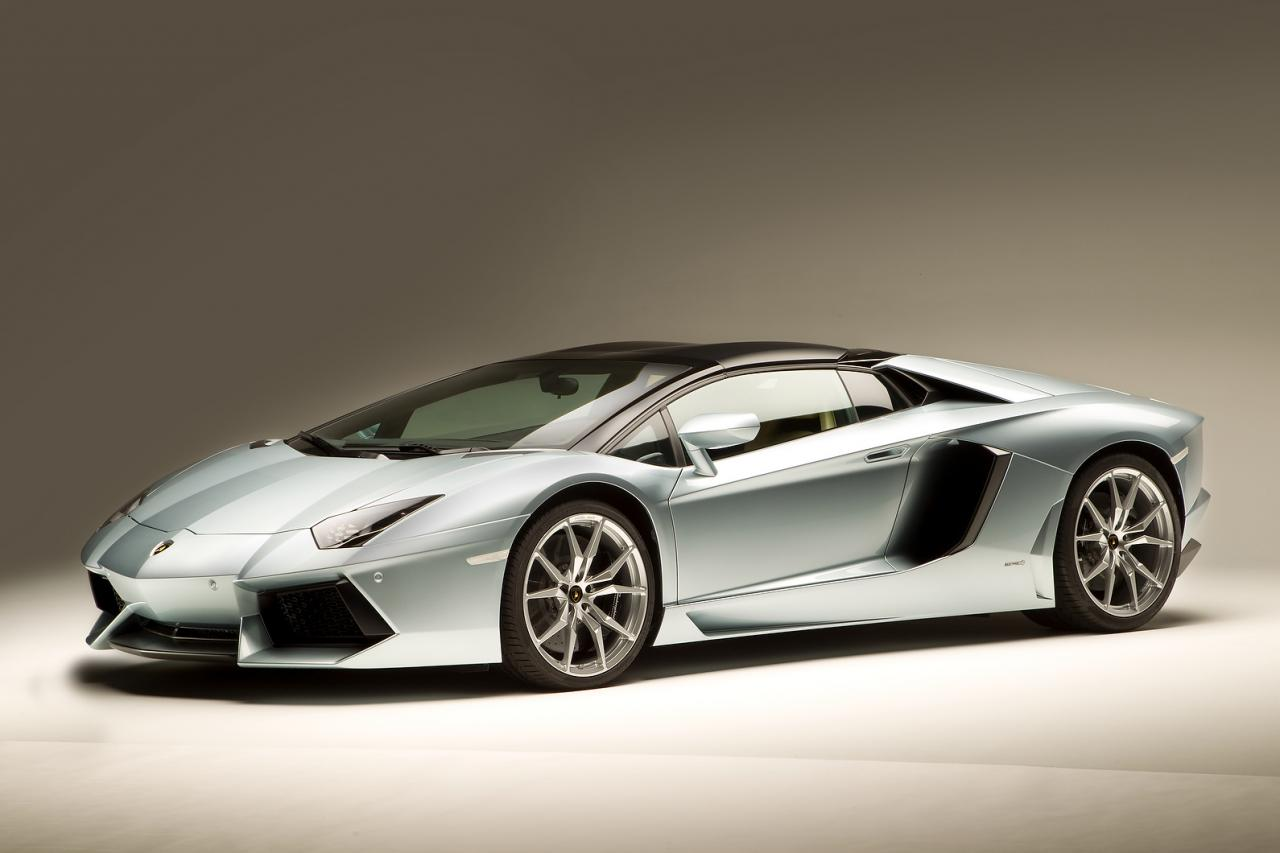 2013 lamborghini aventador lp 700 4 roadster picture 35. Black Bedroom Furniture Sets. Home Design Ideas