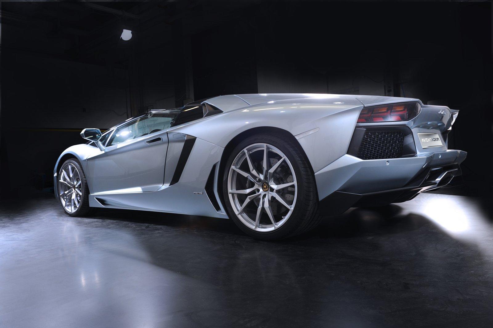 2013 Lamborghini Aventador LP 700-4 Roadster