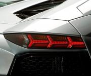 2013 Lamborghini Aventador LP 700-4 Roadster 8