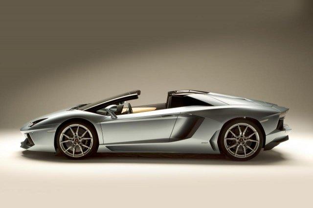 2013 Lamborghini Aventador LP 700-4 Roadster Picture 7