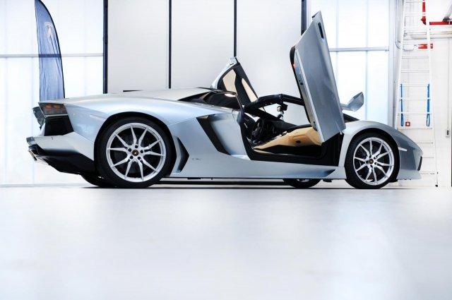 2013 lamborghini aventador lp 700 4 roadster 11 Gallery