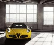 2015 Alfa Romeo 4C Spider 2