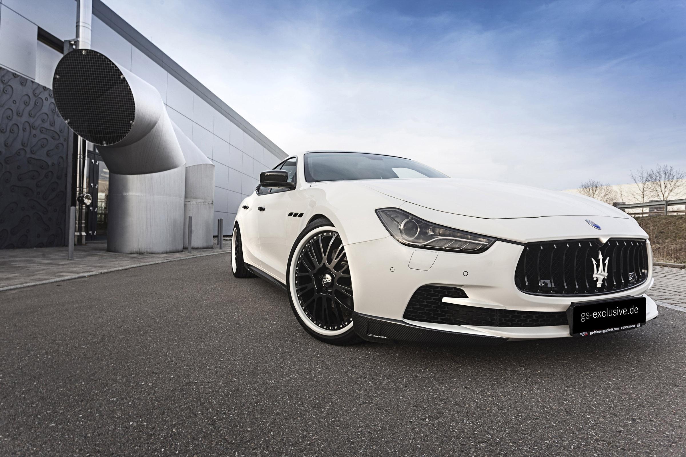 Maserati Ghibli Night Top Car Designs - Show car ultra shine detail spray