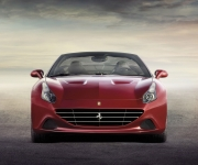 Ferrari California T 8