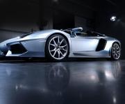 Lamborghini Aventador Roadster 3