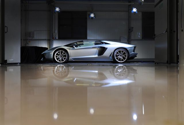 lamborghini aventador roadster 03 Gallery
