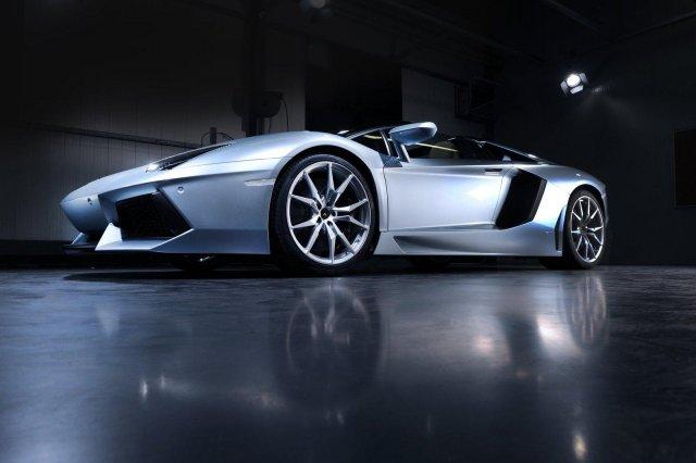 lamborghini aventador roadster 04 Gallery