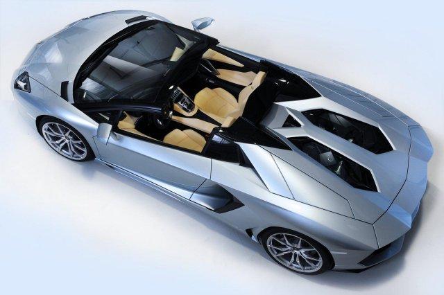 lamborghini aventador roadster 13 Gallery