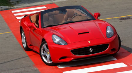 2009 ferrari california First Ferrari California sold for $520,000 at charity