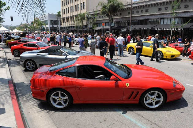 ed7301f6e9rs2010 Parade of Rosso: Ferraris take over Colorado Blvd for Concorso Ferrari in Pasadena