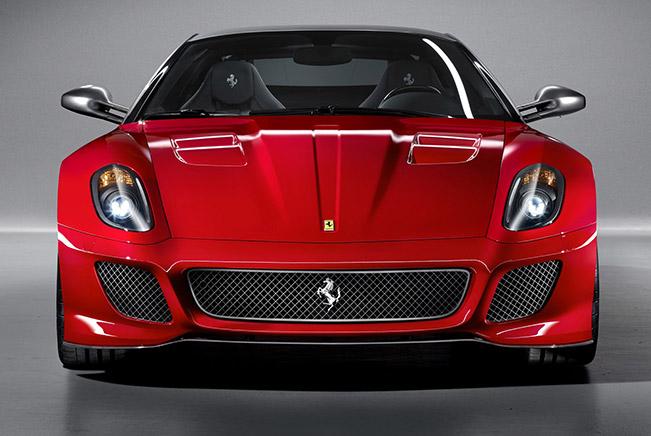 Ferrari 599 GTO vs Ferrari 458 Italia