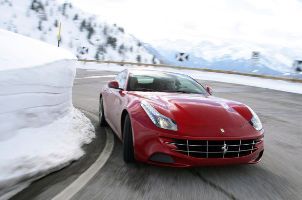 2012 ferrari ff 08 Ferrari FF   Will it drift?