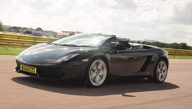 Lamborghini Gallardo A Supercar Thrill Give Dad a Father's Day Gift He'll Never Forget – A Supercar Thrill!