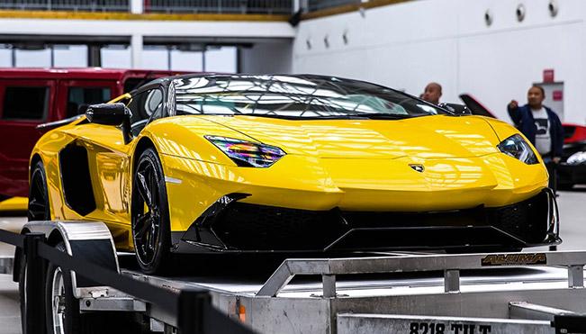 DMC Lamborghini Aventador LP720 Roadster