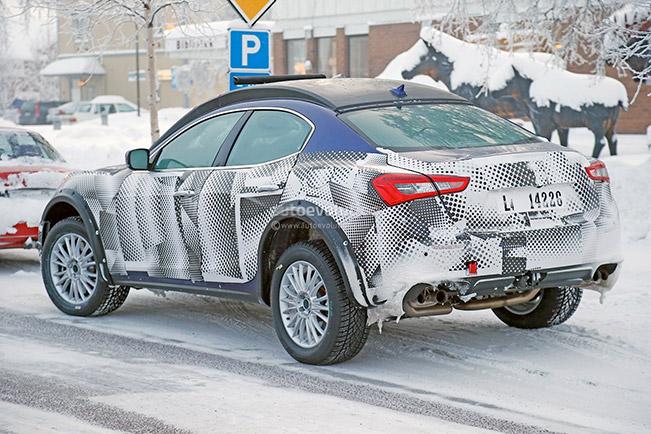 2016 Maserati Levante Rear