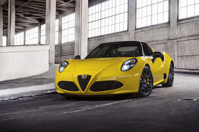 Alfa Romeo 4C Spider 2015 Front Angle World premiere: All new 2015 Alfa Romeo 4C Spider