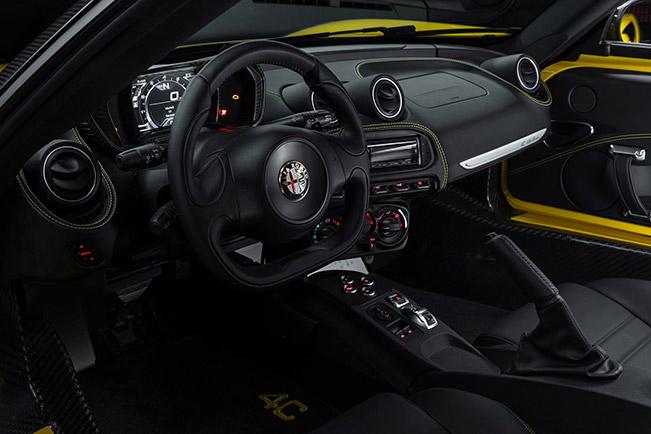 2015 Alfa Romeo 4C Spider Interior