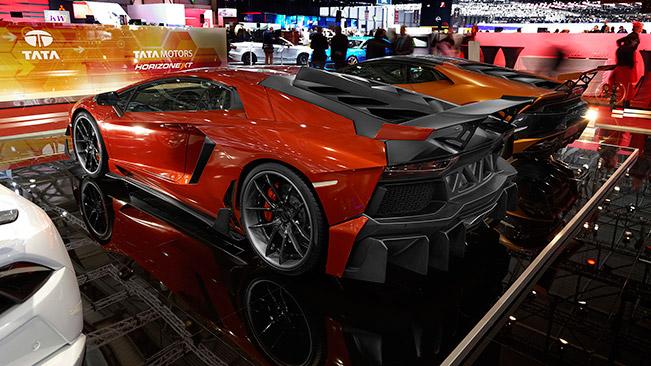 DMC Lamborghini Geneva 2015 Rear Angle