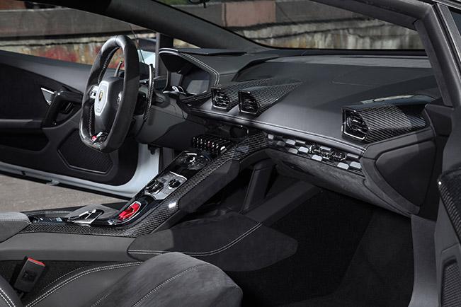 2015 VOS Lamborghini Huracan Interior