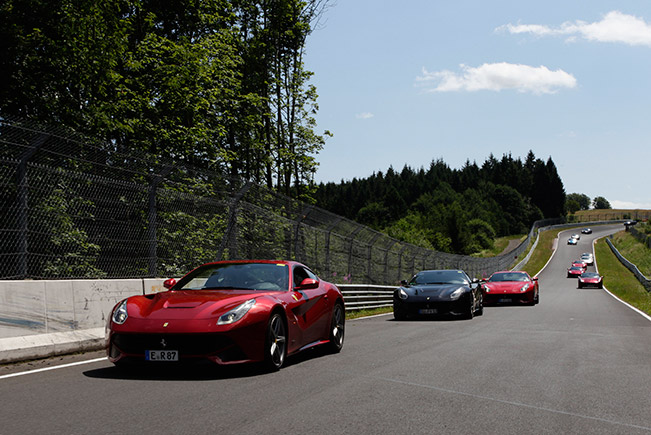 40 Ferraris take on the Nordschleife